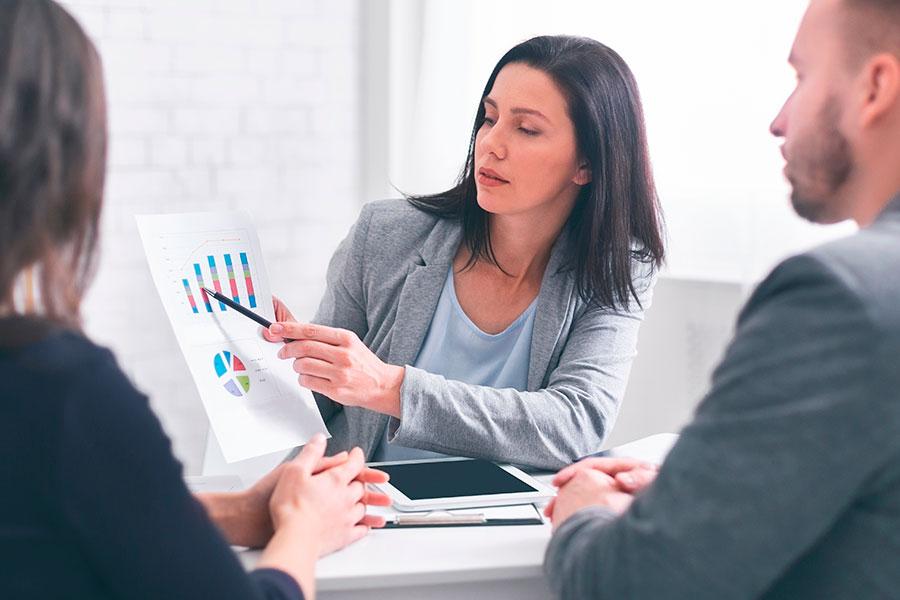 Trabajar en colsultoría financiera